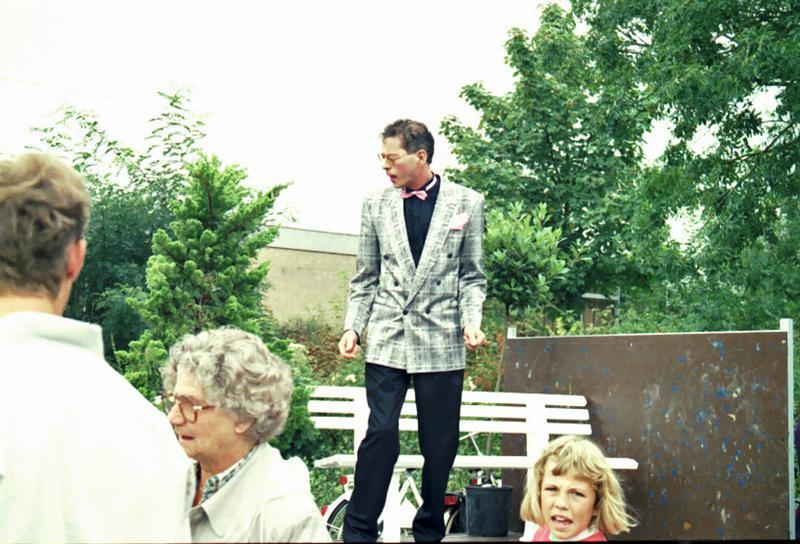 1989-septembermarkt-wagenspel-03