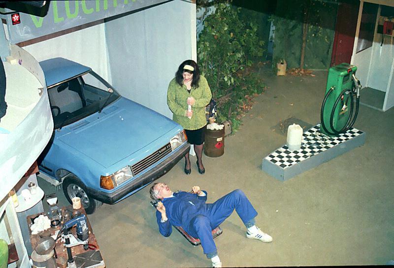 1996-hp49